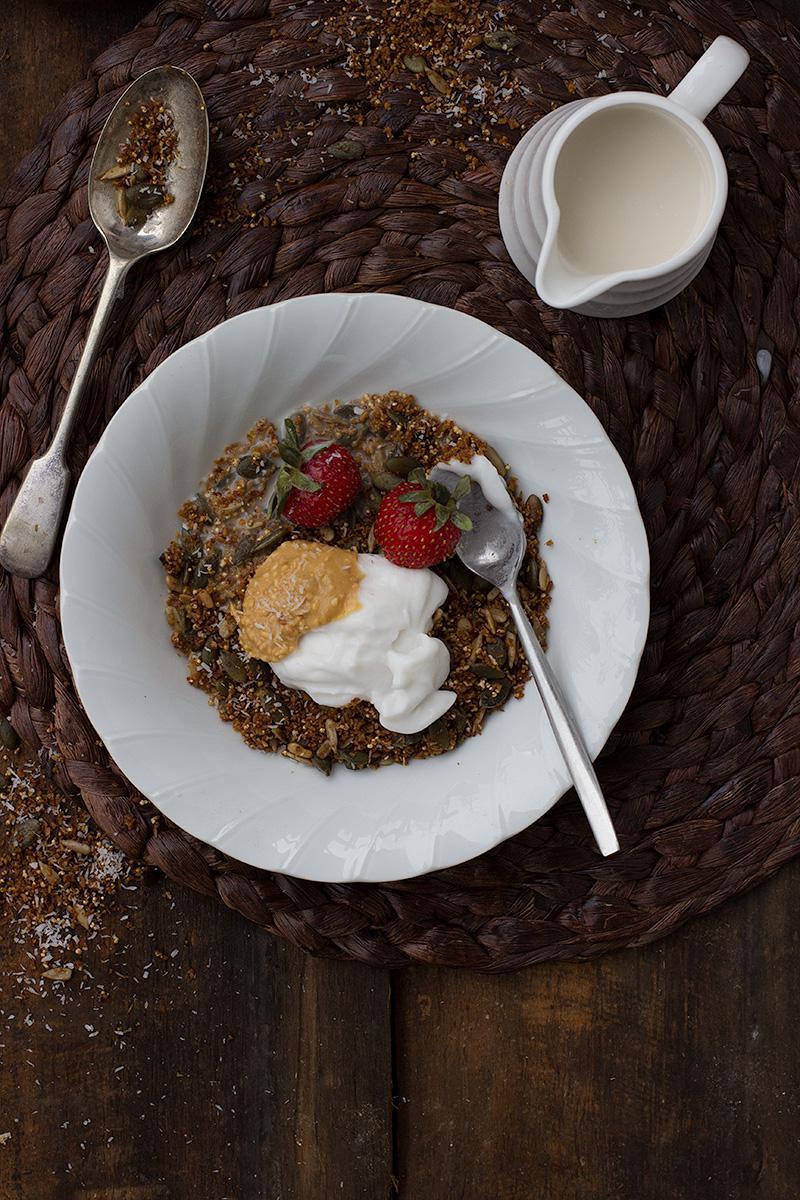 cinnamon & coconut gluten free granola | jessica cox #vegan