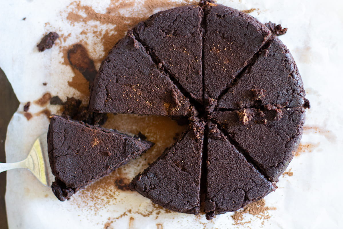 gluten free chocolate brownie cake