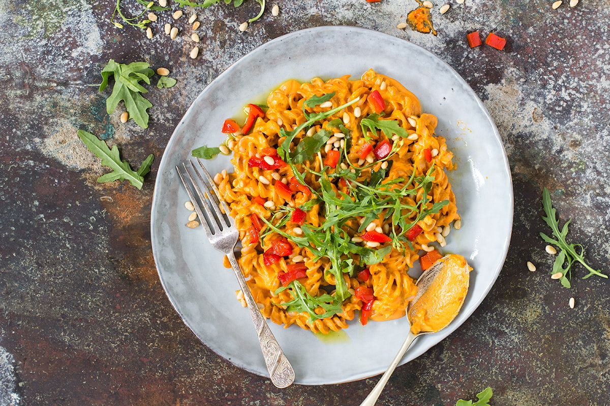 vegan creamy capsicum pasta