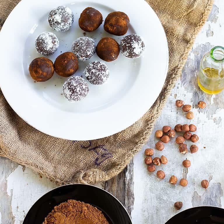 hazelnut-cacao-protein-balls