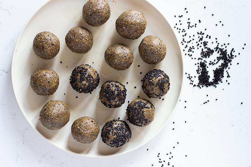Jessica cox | one-handed healthy bone bliss balls