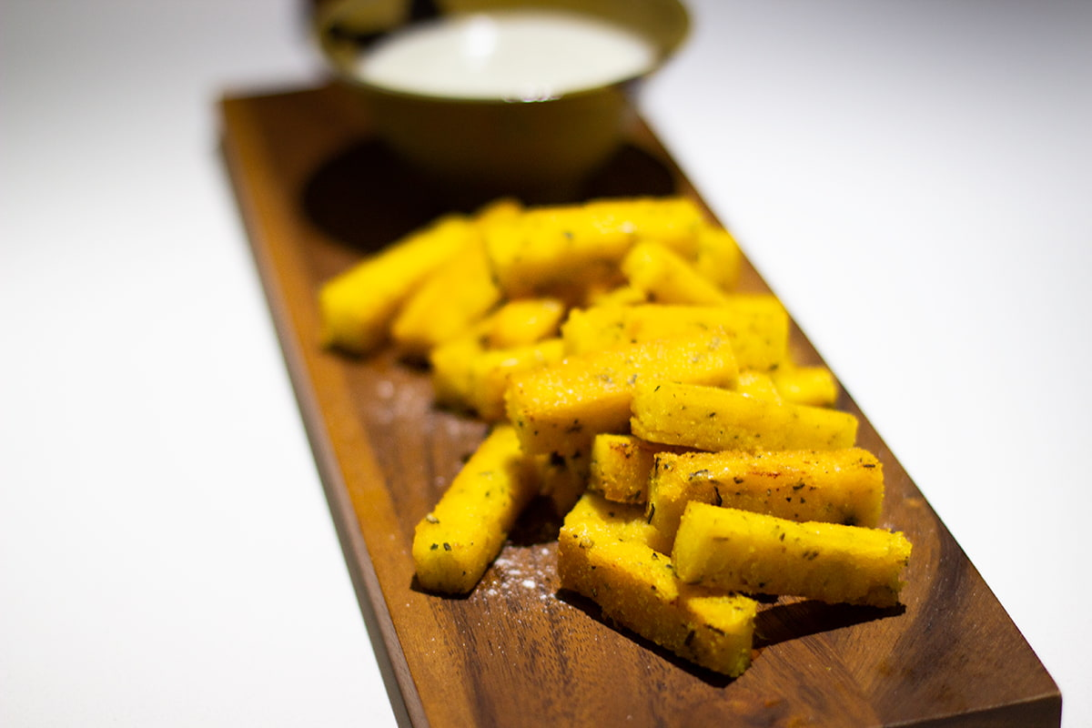 polenta chips with goats cheese sauce